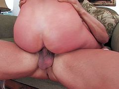 Shapely nympho Brynn Tyler rides her lover's dick like a true cowgirl