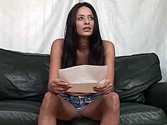 Stunning brunette chick passes the casting on the couch