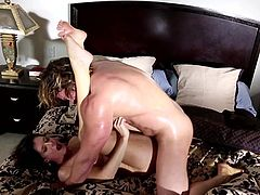 India Summer sure loves smacking her wet fanny with a large dong in rough and insolent hardcore fuck