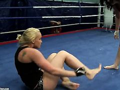 Blonde Kathia Nobili gets ruthlessly tongue fucked by Angell Summers
