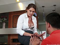 Redhead MILF Allison Moore gets her pussy eaten out in the kitchen
