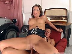 Take a look at this hardcore scene where the horny babe Candy Strong fingers her wet pussy before sucking and being fucked by this guy. Watch this slutty brunette end up with her mouth filled by warm semen.