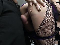 Omar Galanti has unforgettable anal sex with Lyen Parker after she takes it deep in her mouth