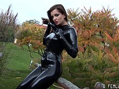 Make sure you don't miss this hot bodied brunette slut in her favorite black latex. Watch as she starts to tease outdoors and takes it to reveal her pretty face.