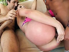 Gianna Michaels is out of control with Marco Banderass throbbing cock in her mouth