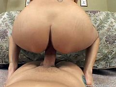Tattooed brunette Daisy Marie admires a man with her cock-sucking skills. Then they have awesome sex in the cowgirl pose and doggy style.