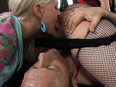 Rocco Siffredi gets pleasure from fucking super sexy Samia Duartes throat before back swing fucking