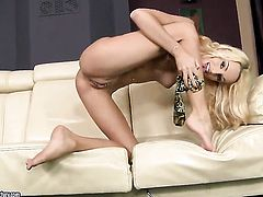 Blonde senorita Erica Fontes fucks herself to orgasm in solo scene