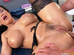 Have fun with this hardcore scene where the sexy nurse Lisa Ann shows off her sexy body before being fucked by a patient with a large cock.