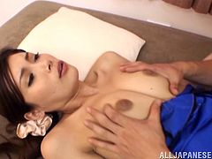 The gorgeous Japanese Minami Hirahar wears some sexy lingerie and gives this horny dude a hot blowjob and a sexy handjob.
