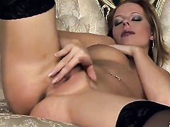 Carmen Gemini gives a closeup view of her hole while masturbating