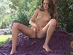 Kiera Winters Fingering In Nature.