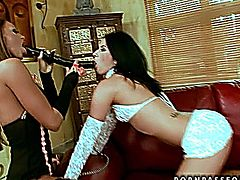 Christina Bella & Suzy Black - Sapphic passion.