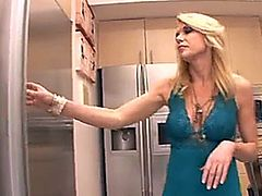 A Mother's Seduction - Alexa Syles and Delilah Blue