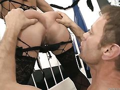 Isabella Clark gets throat fucked by Rocco Siffredi before she takes it in her booty