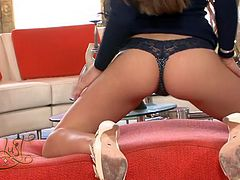 Svelte brunette diva Alexis Capri flaunts her assets for the camera