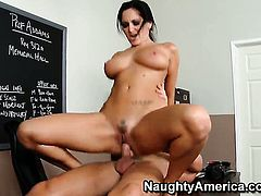 Seth Gamble shows nice sex tricks to Ava Addams with bubbly ass with the help of his rock hard cock