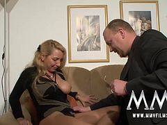 German milf pays a debt with her cunt