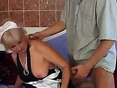 Old hag gets her twat filled good