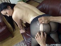 Long Haired Brunette Gets Her Pussy Licked And Screwed Doggystyle