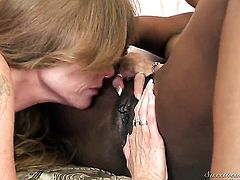 Black Wendy Breeze fulfills her lesbian needs with Darla Cranes tongue in her wet hole