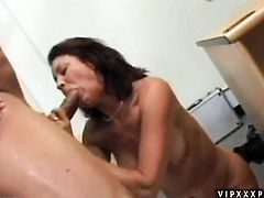 Mature Vanessa Videl and horny dude have a lot of fun in this oral action