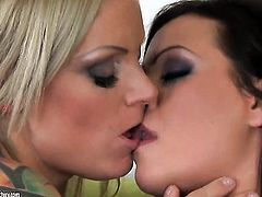 Blonde Nicole Sweet has lesbian sex session of her lifetime with Sheila Grant