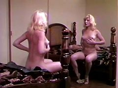 Sex appeal blonde fucking her pussy in front of the mirror
