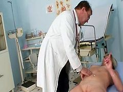 Nada visits her gyno doctor for mature grunt speculum gyno exam