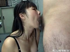The hot chick takes the huge cock in her mouth for a hot blowjob and her pussy gets nailed doggystyle hardcore.