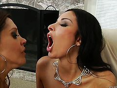 Anissa Kate fucking like a pro in steamy sex action with Mark Wood