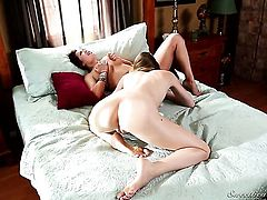 Asian Jessie Andrews and London Keyes spend time having sex