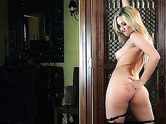 Sophia Knight will make you drool with her sexy body