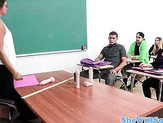 Squirting amateur swallows students cum