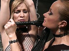 Blonde Katy Parker gets unbelievable lesbian pleasure to Steffie in girl-on-girl action
