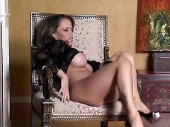Jenna Presley cant stop toying her beaver
