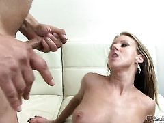 Carolyn Reese loves Herschel Savages rock solid tool thrusting back and forth in the hole