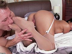 Alexa Pierce gives a footjob and gets her asshole banged deep