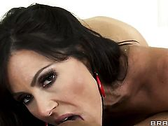 Keiran Lee bangs Kendra Lust with gigantic tits in her mouth as hard as possible in oral action
