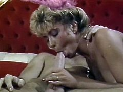 GINA CARRERA WASHES HER PUSSY-1985