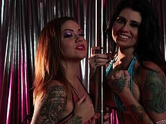The video addresses to all fans of exciting threesomes! The softcore moments include a scenario with slutty babes with colorful tattoos inked on their hot bodies and a horny cock who entertains them offering a dream oral sex. Click to see the attractive redhead and the smokey brunette exposing their pussies.