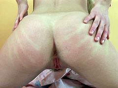 Light haired Russian chick pleases her ugly pussy with fingers tough