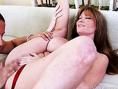 Danny Mountain has a great time banging Darla Crane with huge jugs and trimmed pussy