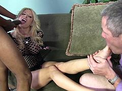 Buxom blond mommy Helly Mae Hellfire bounced on massive cock of her black lover