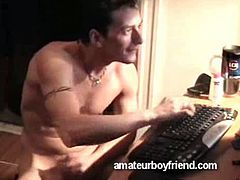 Watch this gorgeous hunk masturbate on cam as he gives a free sex show for all the horny gay dudes out there!