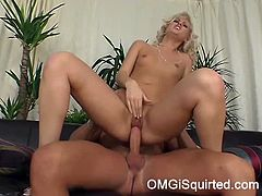 OMG I Squirted brings you a hell of a free porn video where you can see how the sexy blonde Sarah Blue gets fucked til she squirts while assuming very intense positions.