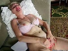Older Woman Fun brings you a hell of a free porn video where you can see how these mature sluts strip and provoke with their bodies while assuming very naughty poses.