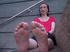Just Smell Her Nasty Feet!