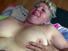 Mature and fat granny masturbating together