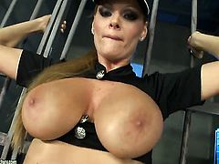Blonde Sheila Grant does striptease before she sticks vibrator in her hole